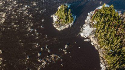 PaaPaa Chipskwenewh Sibii  /  La Rivière Broadback